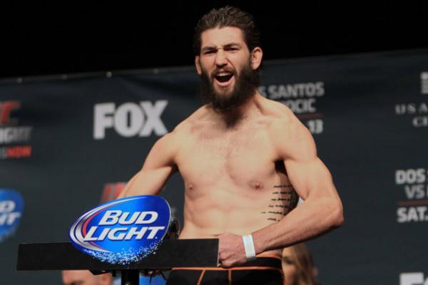 Колби Ковингтон — Брайан Барберена на UFC on FOX: ВанЗант — Уотерсон