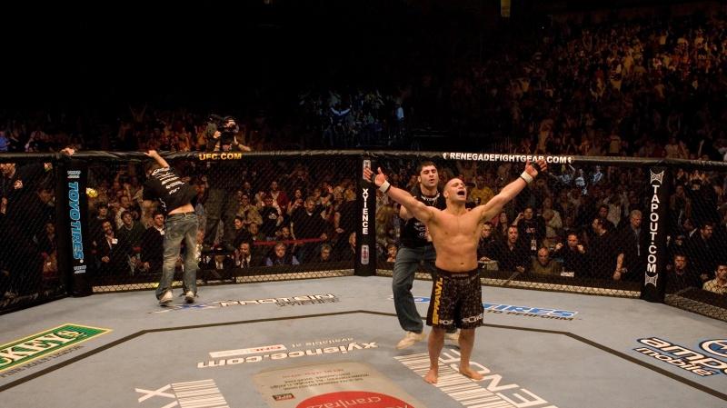 Мэтт Серра войдет в Зал Славы UFC