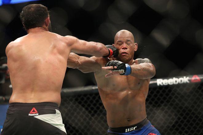 Медицинские отстранения после UFC Fight Night 105