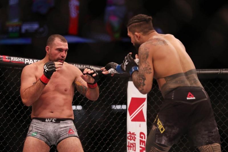 Подробности главных боев UFC Fight Night 142