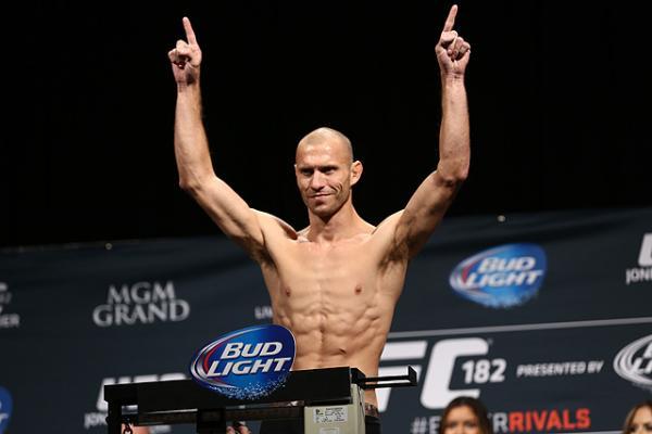 Дональд Серроне против Даррена Тилла в разработке на UFC Gdansk