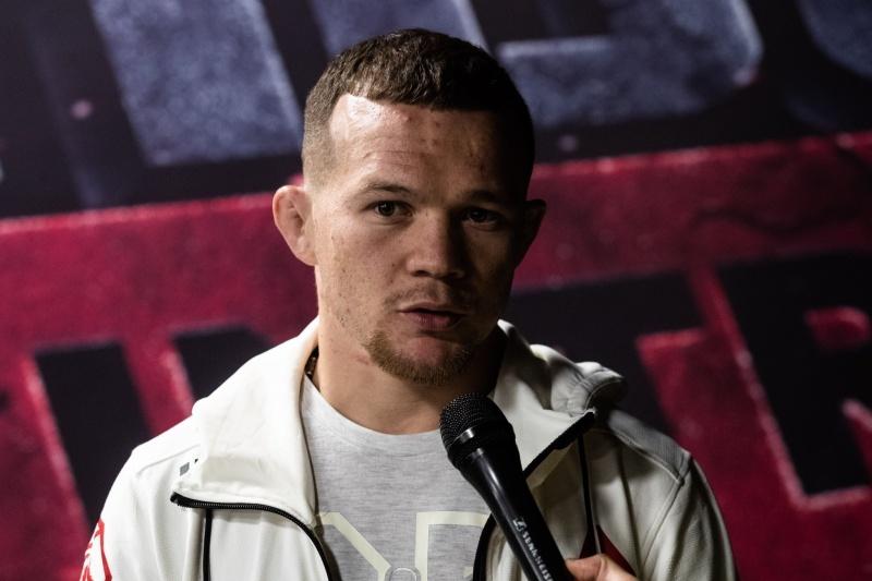 Петр Ян проведет бой с Джимми Ривьерой на турнире UFC в Чикаго