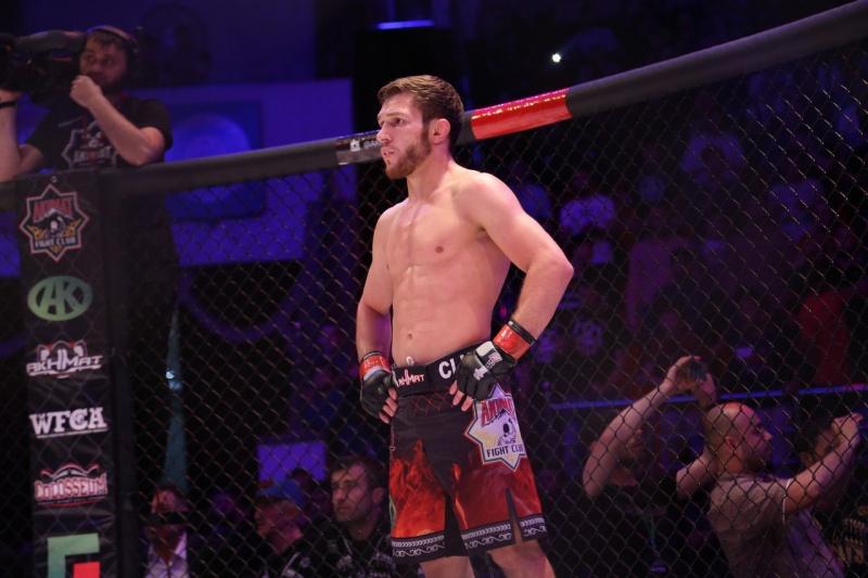 Бибулатов дебютирует в UFC