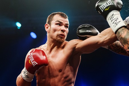 Дмитрий Чудинов победил Андреус Покумейко