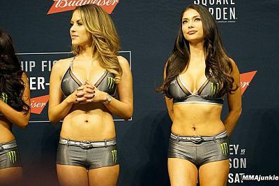 Фотогалерея: Взвешивание UFC 205