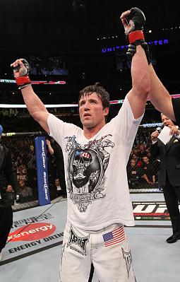 Фотогалерея: UFC on FOX 2: Evans vs. Davis — 3
