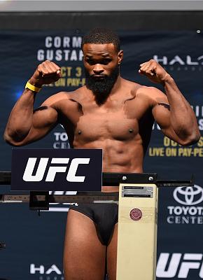 Фотогалерея: Взвешивание UFC 192