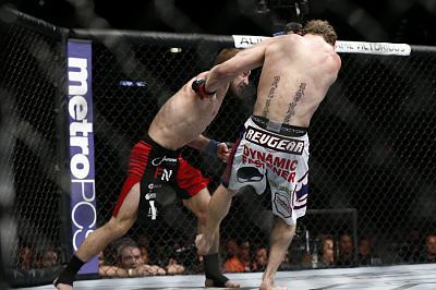 Фотогалерея: Бои UFC 167